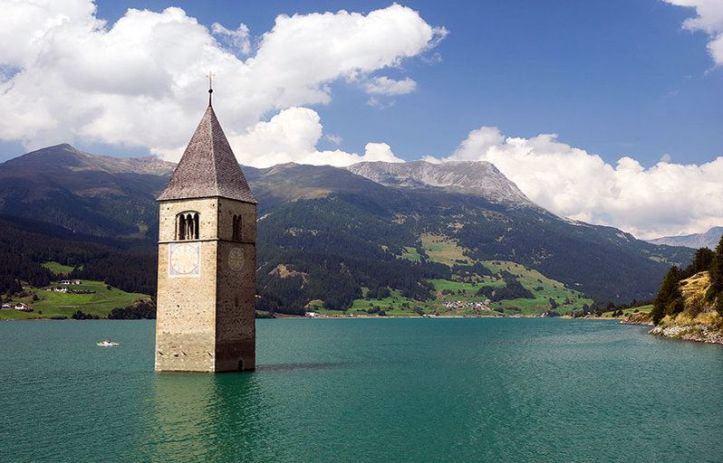 Church-Tower-of-Campanile-di-Curon-in-Lago-di-Resia-Italy